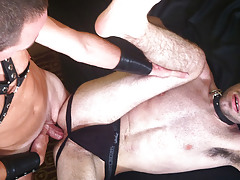 Brandon Atkins is a bit of a kinky fucker so when the chance came to put on some leather he was all up for it. He cavernous throat's Kenneth's cock and Kenneth holds on tight to his collar. Kenneth then lubes up Brandon's ass with a smattering of spit mature gay fuck