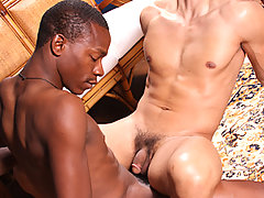 Gay Bareback Jack Trade & JD Lopez mature gay fuck