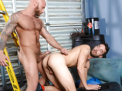 Nasty pig fuckers Drake & Isaac explore gritty fetish sex